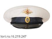 Купить «Фуражка офицера ВМФ России на белом фоне», фото № 6219247, снято 23 июня 2014 г. (c) Голубев Андрей / Фотобанк Лори