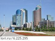 Купить «Город Астана. Небоскребы на улице Кунаева», фото № 6225295, снято 20 июня 2014 г. (c) Александр Тараканов / Фотобанк Лори