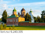 Купить «Спасо-Бородинский женский монастырь», эксклюзивное фото № 6243335, снято 22 июля 2014 г. (c) Сергей Лаврентьев / Фотобанк Лори