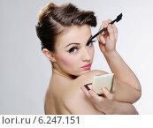 Купить «Young woman's beauty portrait», фото № 6247151, снято 23 января 2019 г. (c) BE&W Photo / Фотобанк Лори