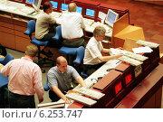 Купить «Floor trading on the Frankfurt Stock Exchange», фото № 6253747, снято 17 мая 2000 г. (c) Caro Photoagency / Фотобанк Лори
