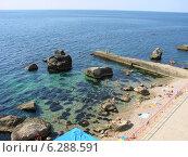 Пляж в Форосе, Крым. Стоковое фото, фотограф Луиза Варфоломеева / Фотобанк Лори