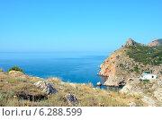 Купить «Берег Черного моря вблизи Балаклавы, Крым», фото № 6288599, снято 26 июля 2014 г. (c) Ирина Балина / Фотобанк Лори