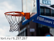 Баскетбольное кольцо (2014 год). Редакционное фото, фотограф Aleksandr Stzhalkovski / Фотобанк Лори