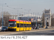 Купить «Traffic on Jerozolimskie Avenue near Poniatowski Bridge in Warsaw», фото № 6316427, снято 11 июля 2020 г. (c) BE&W Photo / Фотобанк Лори