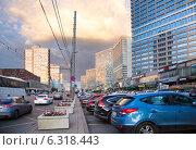 Купить «Новый Арбат. Москва. Россия.», фото № 6318443, снято 23 августа 2014 г. (c) Сергей Лаврентьев / Фотобанк Лори