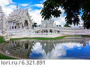 Белый храм Wat Rong Khun. Таиланд. Стоковое фото, фотограф Nikolay Grachev / Фотобанк Лори