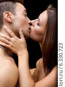 Купить «Kiss», фото № 6330723, снято 6 июля 2014 г. (c) Serg Zastavkin / Фотобанк Лори