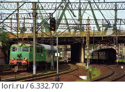 Купить «Long-distance trains near the central station in Gdansk, Poland», фото № 6332707, снято 27 июля 2004 г. (c) Caro Photoagency / Фотобанк Лори