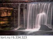 Купить «Саблинский водопад», фото № 6334323, снято 23 августа 2014 г. (c) Артемий Усатов / Фотобанк Лори