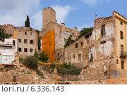 Купить «abandoned houses in spanish town», фото № 6336143, снято 12 августа 2014 г. (c) Яков Филимонов / Фотобанк Лори
