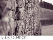 Стена и метал. Стоковое фото, фотограф Andrew Khmelek / Фотобанк Лори