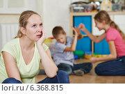 Купить «parenting and family problem», фото № 6368815, снято 6 сентября 2014 г. (c) Дмитрий Калиновский / Фотобанк Лори