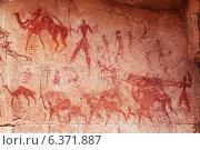 Купить «Famous prehistoric rock paintings of Tassili N'Ajjer, Algeria», фото № 6371887, снято 21 октября 2018 г. (c) Ingram Publishing / Фотобанк Лори