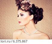 Купить «Retro portrait of beautiful woman. Vintage style. Fashion photo», фото № 6375867, снято 19 ноября 2019 г. (c) Ingram Publishing / Фотобанк Лори