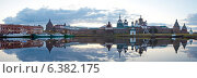 Соловки. Вечерний панорамный вид на Спасо-Преображенский Соловецкий монастырь (2014 год). Редакционное фото, фотограф Литвяк Игорь / Фотобанк Лори