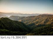 Горы на рассвете. Стоковое фото, фотограф Максим Кожушко / Фотобанк Лори