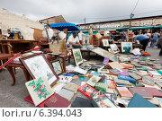 Купить «Encants Vells flea market in Barcelona», фото № 6394043, снято 26 июня 2013 г. (c) Яков Филимонов / Фотобанк Лори
