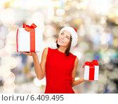 Купить «smiling woman in red dress with gift box», фото № 6409495, снято 15 августа 2013 г. (c) Syda Productions / Фотобанк Лори