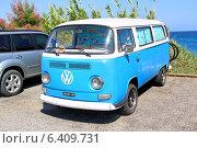 Купить «Автомобиль Volkswagen Transporter», фото № 6409731, снято 3 августа 2014 г. (c) Art Konovalov / Фотобанк Лори