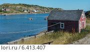 Купить «House along the coast, Twillingate, South Twillingate Island, Newfoundland And Labrador, Canada», фото № 6413407, снято 25 августа 2013 г. (c) Ingram Publishing / Фотобанк Лори