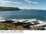 Rock formations on coastline, Cape Spear, St. John's, Newfoundland And Labrador, Canada (2013 год). Стоковое фото, агентство Ingram Publishing / Фотобанк Лори