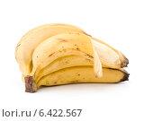 Купить «Связка бананов, изолированная на белом фоне», фото № 6422567, снято 13 февраля 2010 г. (c) web2000ra / Фотобанк Лори