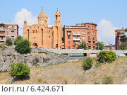 Купить «Викариальная церковь Св. Саргис в Ереване», фото № 6424671, снято 15 сентября 2014 г. (c) Овчинникова Ирина / Фотобанк Лори