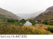 Купить «Туман над горной долиной. Кавказские горы», фото № 6447835, снято 5 июля 2013 г. (c) Евгений Ткачёв / Фотобанк Лори