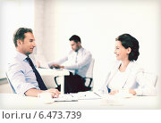 Купить «man and woman discussing something in office», фото № 6473739, снято 9 июня 2013 г. (c) Syda Productions / Фотобанк Лори