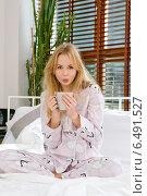 Купить «Young woman in the bedroom», фото № 6491527, снято 19 июля 2019 г. (c) BE&W Photo / Фотобанк Лори