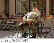 Бравый солдат Швейк в Карлсбаде (2011 год). Редакционное фото, фотограф Дмитрий Богословский / Фотобанк Лори