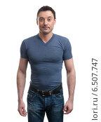 Купить «Мужчина в джинсах и синей футболке», фото № 6507747, снято 8 октября 2014 г. (c) Александр Лычагин / Фотобанк Лори