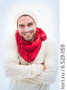 Attractive young man in warm clothes. Стоковое фото, агентство Wavebreak Media / Фотобанк Лори