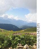 Купить «Горный пейзаж, облачный летний день», фото № 6547071, снято 11 августа 2014 г. (c) Емельянов Валерий / Фотобанк Лори