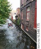 Водный канал в Бельгии (2014 год). Редакционное фото, фотограф Александра Орехова / Фотобанк Лори