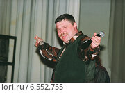 Купить «Бард и поэт Михаил Круг (Воробьёв)», фото № 6552755, снято 3 февраля 2000 г. (c) Андрей Забродин / Фотобанк Лори
