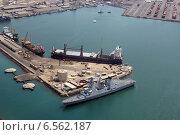 Порт в Джибути (2013 год). Редакционное фото, фотограф Михаил Копылов / Фотобанк Лори