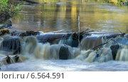 Купить «Течение реки в осеннем парке, таймлапс, длинная выдержка, камера вправо», видеоролик № 6564591, снято 18 октября 2014 г. (c) Кекяляйнен Андрей / Фотобанк Лори
