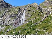 Купить «Водопад в верховье реки Билягидон в горах Дигории, Республика Северная Осетия-Алания», фото № 6569931, снято 4 августа 2014 г. (c) Михаил Марковский / Фотобанк Лори
