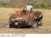 Сгоревшая бронетехника возле пропускного пункта Мариновка  (2014 год). Стоковое фото, фотограф Копылов Сергей / Фотобанк Лори