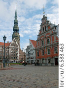 Купить «Рига. Старый город. Ратушная площадь», эксклюзивное фото № 6588463, снято 11 октября 2014 г. (c) Svet / Фотобанк Лори