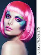 Купить «sexy woman in pink wig», фото № 6589275, снято 4 марта 2012 г. (c) Александр Буц / Фотобанк Лори