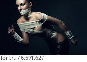 sporty woman in bandage. Стоковое фото, фотограф Александр Буц / Фотобанк Лори