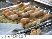Купить «Восточные сладости - бакинская пахлава», эксклюзивное фото № 6616247, снято 6 сентября 2014 г. (c) lana1501 / Фотобанк Лори