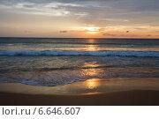 Летний закат на море. Стоковое фото, фотограф Попов Роман / Фотобанк Лори