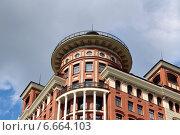 Фрагмент современного здания. Стоковое фото, фотограф Сергей Дерябкин / Фотобанк Лори