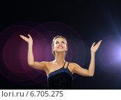 Купить «smiling woman raising hands and looking up», фото № 6705275, снято 1 июня 2014 г. (c) Syda Productions / Фотобанк Лори