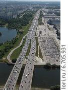 Купить «67-й километр МКАД  у Крокус экспо, мост через Москву-реку. Съёмка с воздуха.», фото № 6705931, снято 21 мая 2014 г. (c) Михеев Алексей / Фотобанк Лори