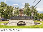 Купить «Старинный фонтан Витали (Петровский фонтан) в сквере у гостиницы «Метрополь»», фото № 6717551, снято 4 июля 2014 г. (c) Владимир Сергеев / Фотобанк Лори